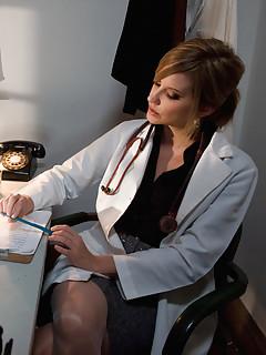 Lesbian Doctor Porn